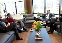 رئيس الاتحاد الفلسطيني للهيئات المحلية يستقبل رئيس بلدية الدوحة